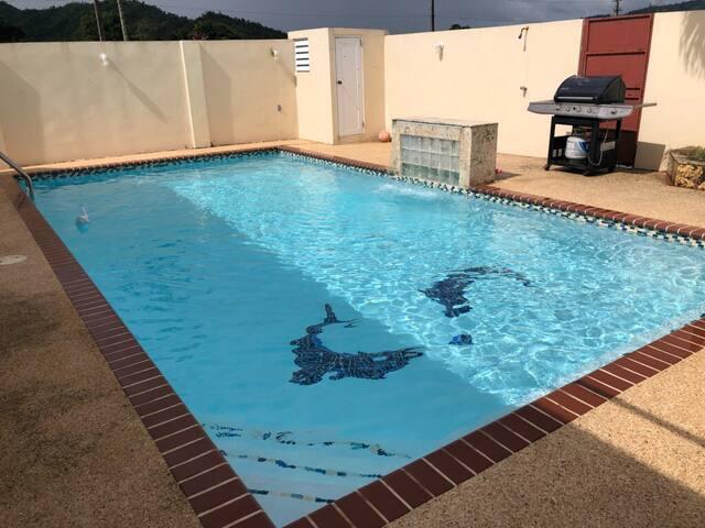 Casa con piscina privada, House with pool