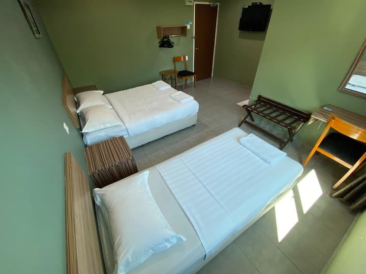 Cool Room Deluxe At Malacca