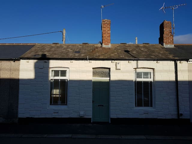 Railway Cottage - Sunderland - Huis