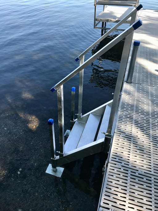 New steps for an easier way to get in and out of the water :)