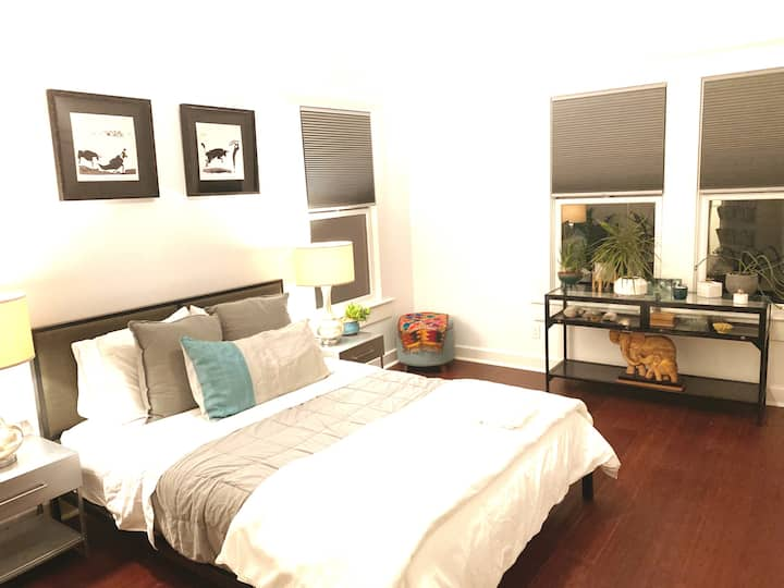Room(s) in historic 3-story home (downtown Austin)