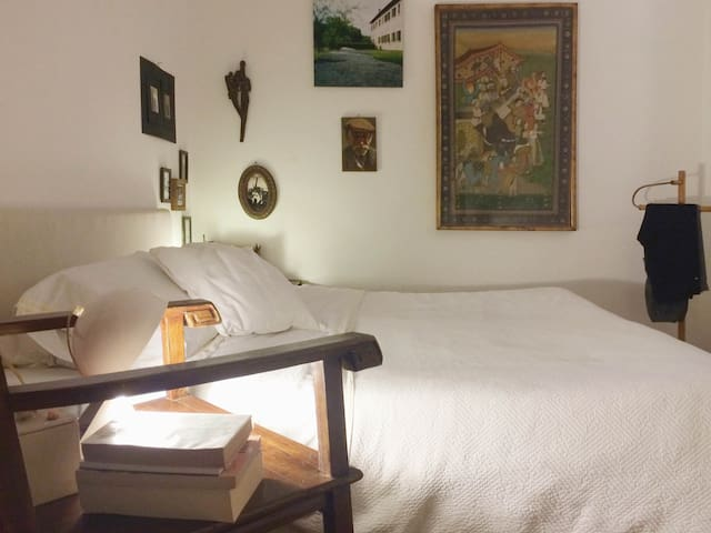 comfortable room in a stylish appartament - Milano - Lejlighed