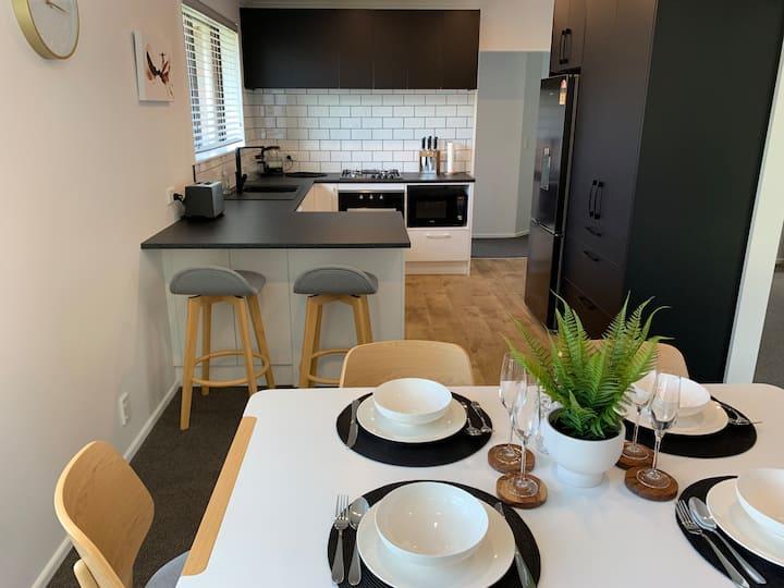 Petone house w/ free parking & fibre broadband