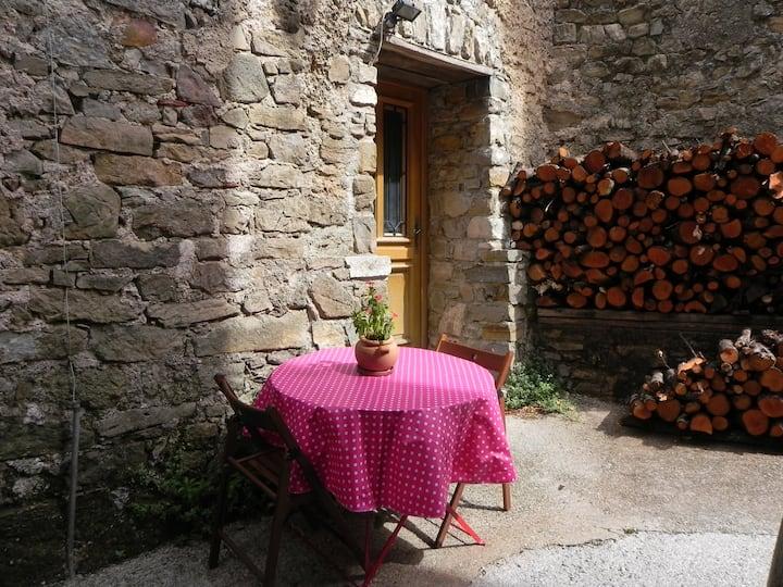 Studio à Générargues, en Cévennes, proche Anduze