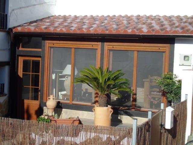 La Casa Rustica 33 Townhouse - Jimena de la Frontera - Rumah