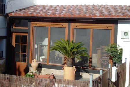 La Casa Rustica 33 Townhouse - Jimena de la Frontera