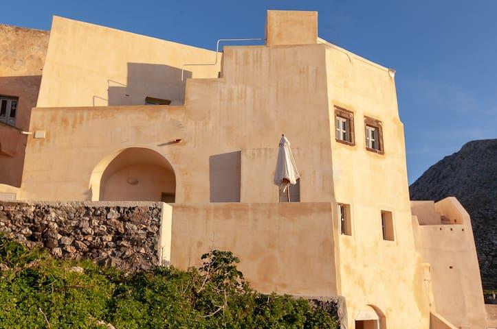 Kasteli Porta- Charming medieval apartement