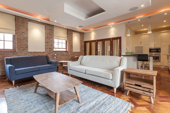 Popular New York style living, City Loft -Sleeps 8 - Johannesburg - Byt