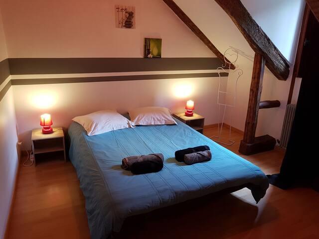 Chambre privée dans appartement T5