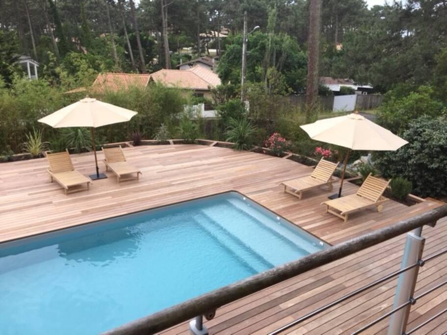 Chalet au milieu des pins et mimosas avec piscine for Maison a louer cap ferret avec piscine