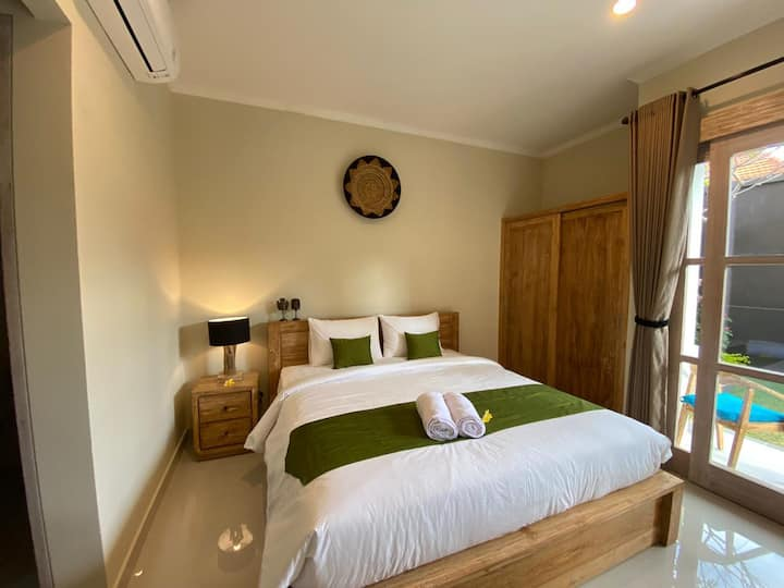 40% OFF! Room in Canggu, 5mins from Berawa Beach