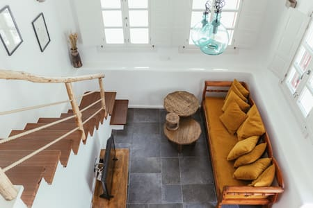 MOOI Mykonos Loft