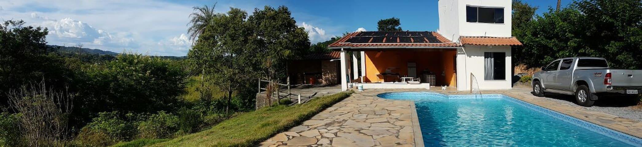 Contry House Mar de Espanha - Pedro Leopoldo - Stuga