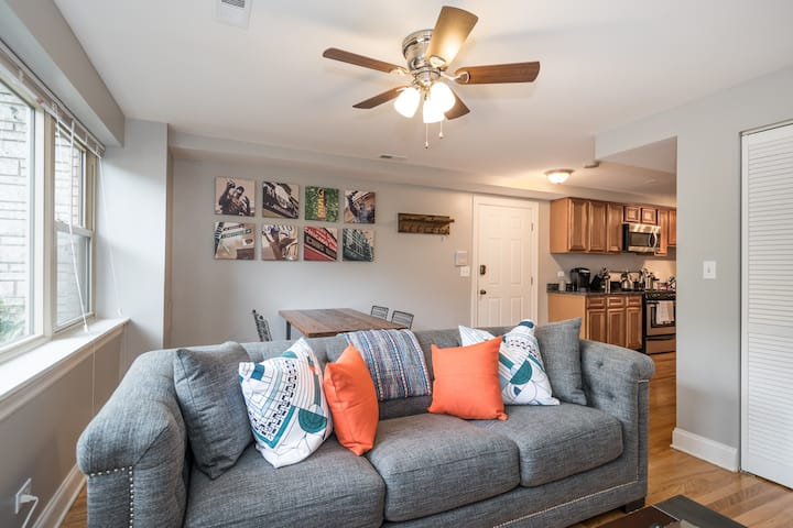 Fully-Appointed Home in Andersonville- Must See!