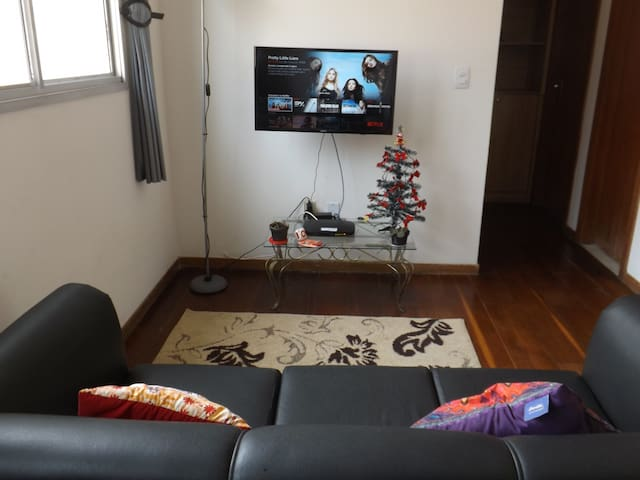 Cozy apartament + Wifi +NetFlix and Parking - Belo Horizonte - Apartment