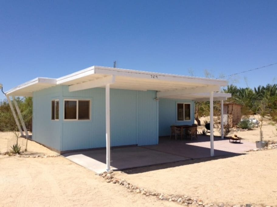 Desert Heights Hideaway Cabins For Rent In Twentynine