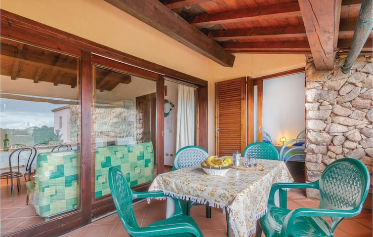 Holiday apartment with 2 bedrooms on 50m² in Trinità d'Agultu