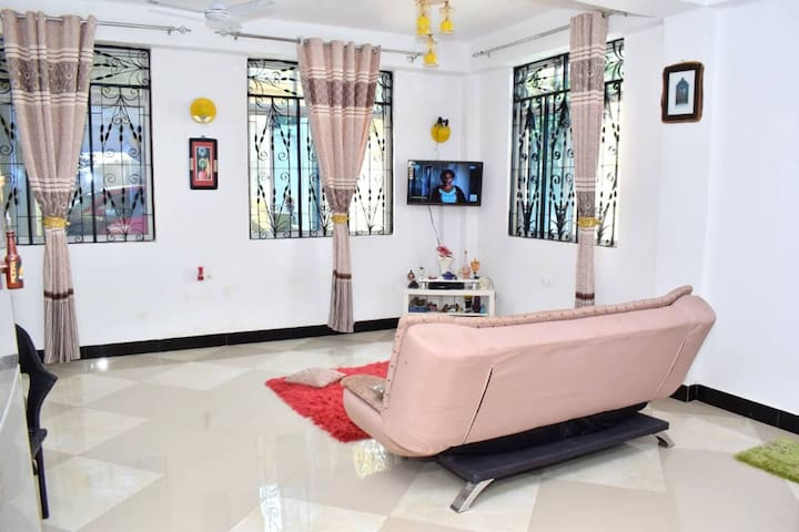 მისაღები ოთახი