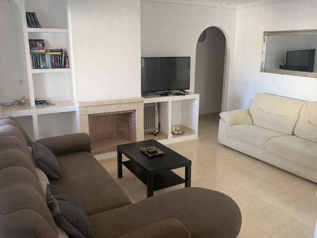 Living area with tv and Netflix