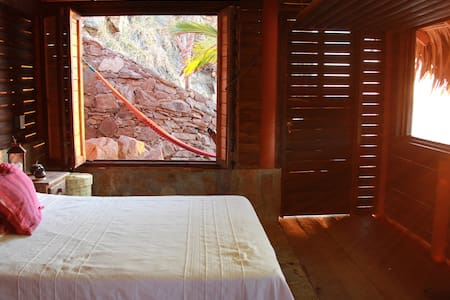 Lovely beach front cabin with amazing ocean view! - Mazunte - Přírodní / eko chata