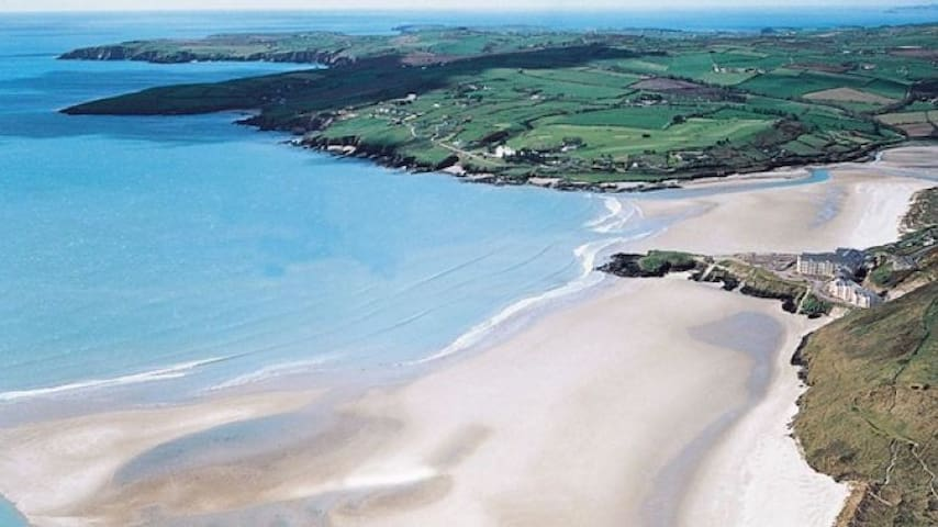 Beautiful Inchydoney Beach Apartment