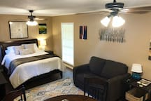 Queen bed and twin sleeper sofa
