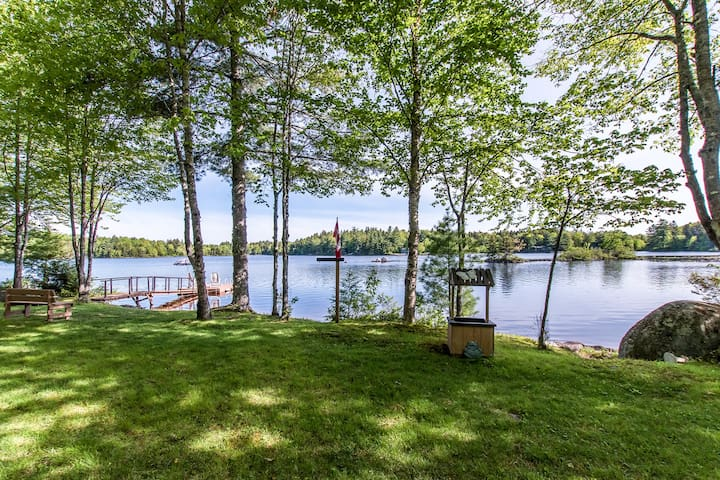 Beautiful Lake Front Double Cottage PrivateRetreat