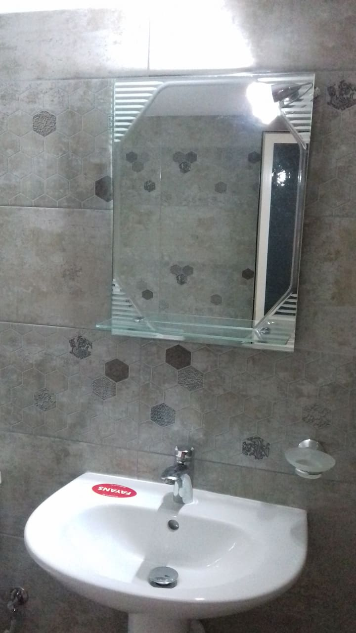 Tiranabnb3