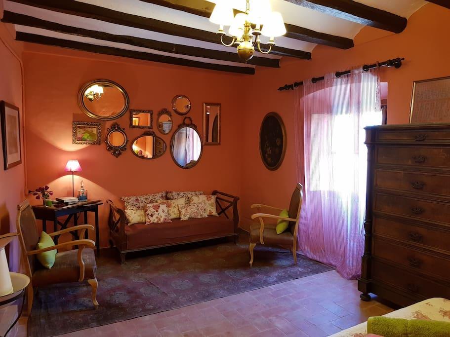 Habitació doble amb llit de matrimoni