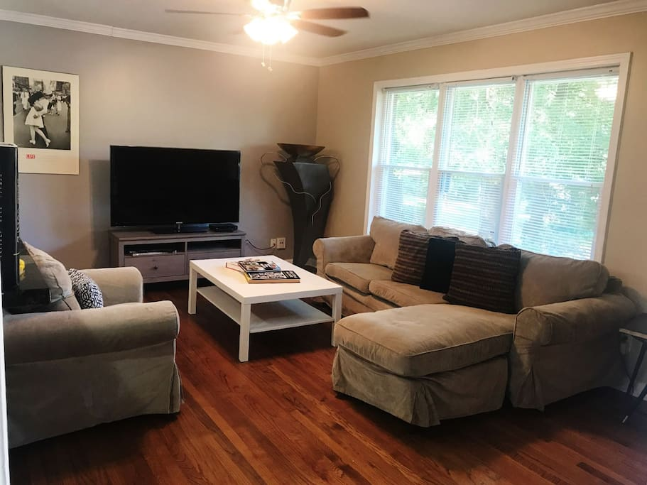 Living room area, flat screen HD television