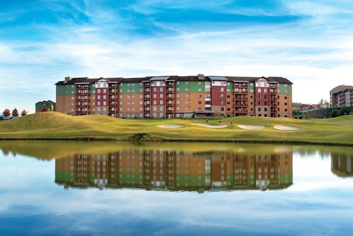Great Smokies Lodge resort with Water Park!