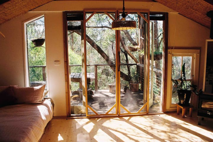 Tree Top Bungalow in Warrandyte