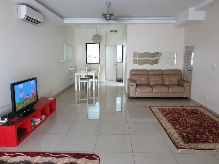 Laman Delfina Guest House