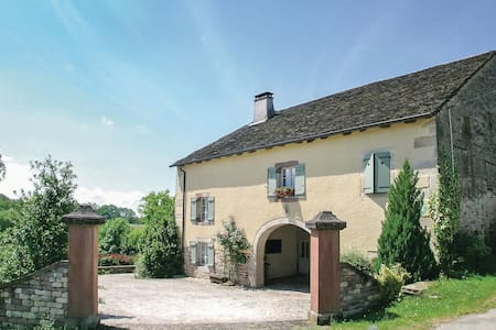 Holiday cottage with 3 bedrooms on 130m² in La Vaivre