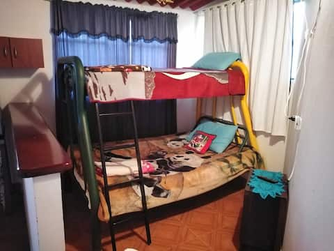 Apartaestudio privado Cáqueza, a 500 mt del centro