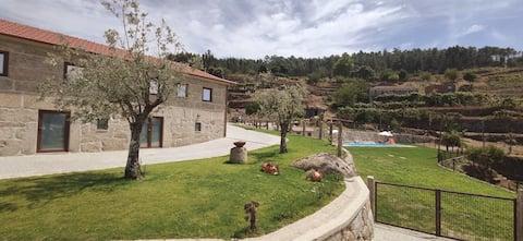Orange Suite | Pool View | Casa de Belmonte