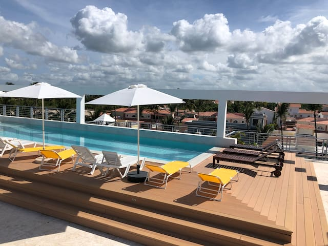 ☀️Deluxe Penthouse  With RoofTop  Pool 2P ☀️