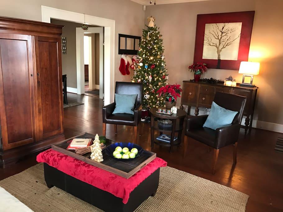 Living Room - Seats Five Comfortably