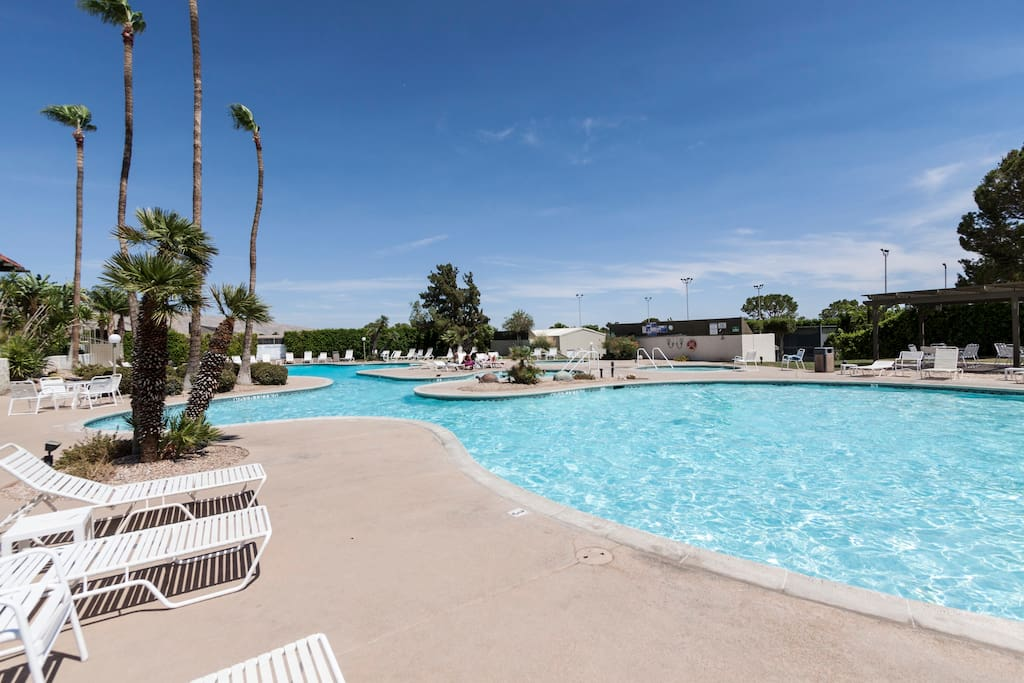 A glittering pool awaits at Mission Lakes Country Club