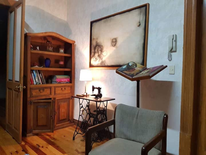 Loft in trendy ROMA, In a 100 years restored house