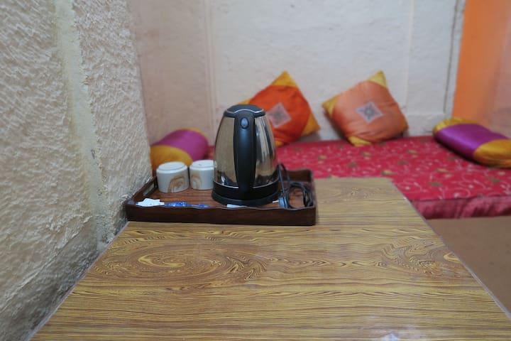 tea or coffee maker