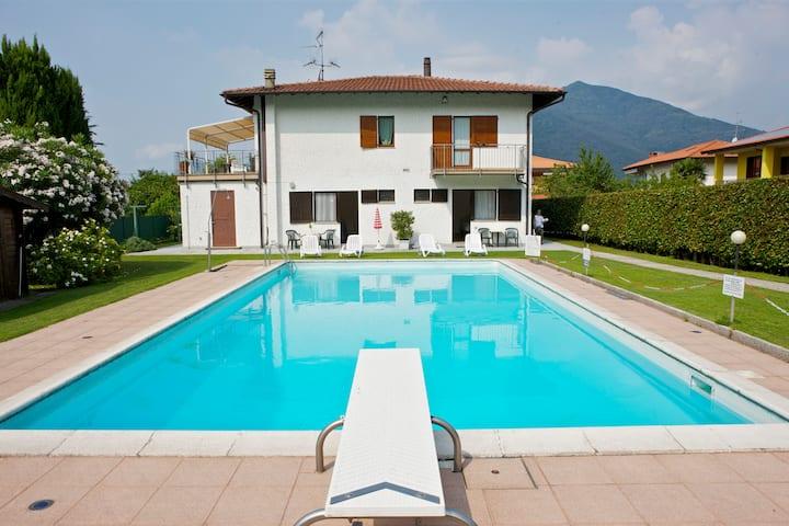 Casa Augusta 2 con vista piscina