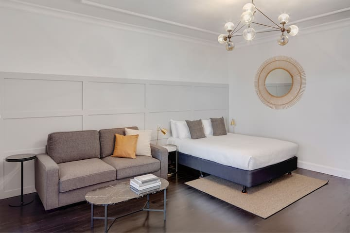 Stylish Studio in Potts Point