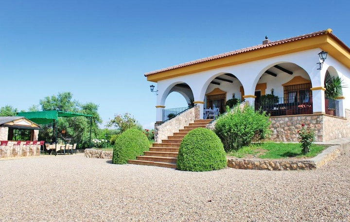 Villa with 8 bedrooms in Hornachuelos, with wonderful mountain view, private pool, enclosed garden