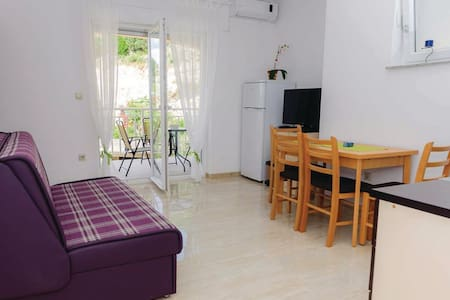 1 Bedroom Apts in Duba #2 - Duba