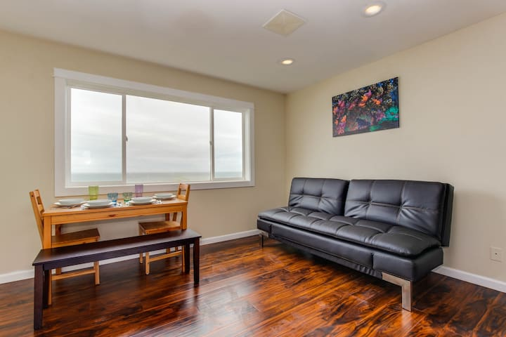 Dog-friendly condo with stunning ocean views & easy beach access!