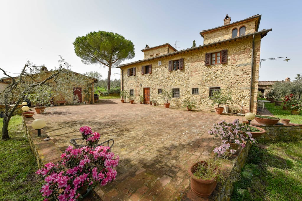 Vacanza in Toscana Firenze -Chiantishire country apartment Accomodation in Tuscan by florence Urlaub in der Toskaka bei Florenz