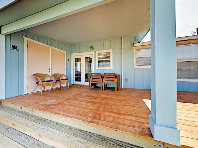 Enjoy lazy afternoons on the large back porch with seating for 4.