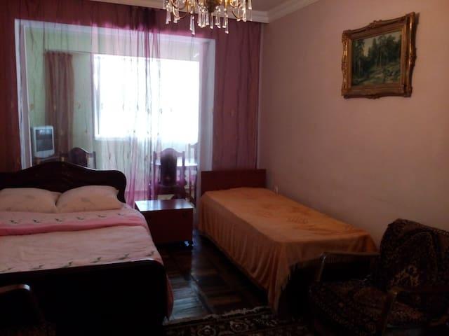 сдается 3 х комнатная квартира в Батуми - Batumi - Leilighet