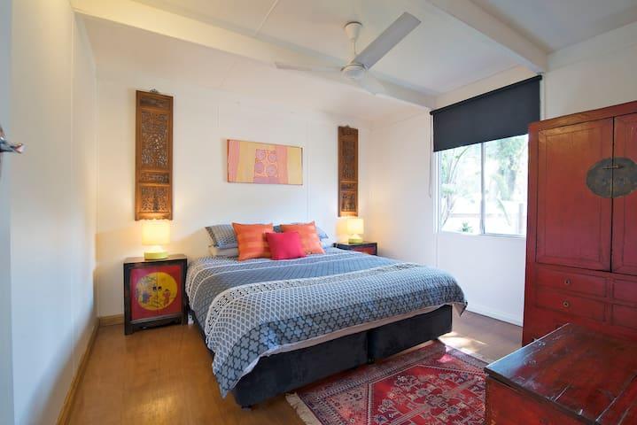 Main Street Bangalow 2br cottage! - Bangalow - Haus